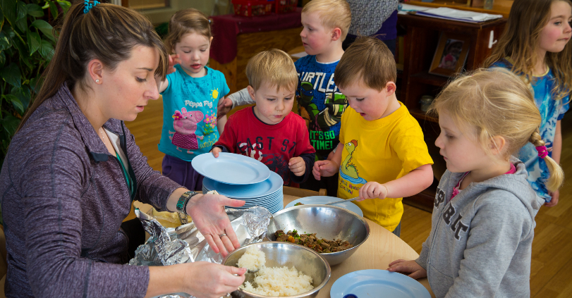 mealtimes at childcare; eating with kids